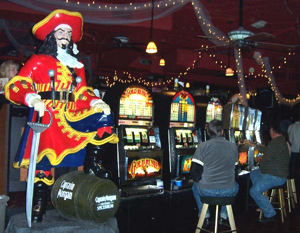 Be sure to visit Lucky Linda's Casino Party events for all of your corporate entertainment needs.